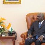 【アモン=タノー外務大臣(コートジボワール)との会談】午前中のウワタラ大統領との会談を受け、経済協力…