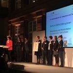 🎉 Das #ZentrumÜ hat den dritten Preis des 10. #Hauptstadtpreis für #Integration und #Toleranz gewonnen! Wir freuen uns sehr über diese Auszeichnung und danken der Initiative Hauptstadt Berlin e.V. und allen Sponsoren für die Unterstützung unserer Arbeit.