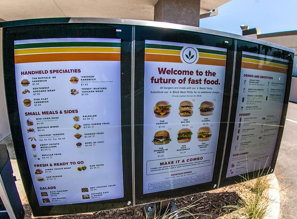 RT @Forbes: Move over, McDonalds: the future of fast food is vegan https://t.co/20dXeu32NF https://t.co/28979xmGt4
