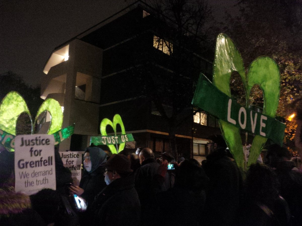 Londoners and @LondonFire in poignant silent march to mark 5 months since #Grenfell fire #Justice4Grenfell <br>http://pic.twitter.com/QdWR49tYPW