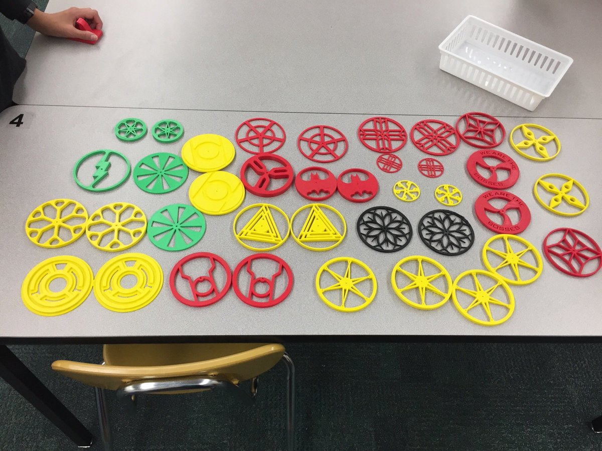 Student wheel designs on <a target='_blank' href='http://twitter.com/makerbot'>@makerbot</a>  in <a target='_blank' href='http://twitter.com/APS_CTAE'>@APS_CTAE</a> classes! Winning combination! <a target='_blank' href='http://twitter.com/CharlesRandolp3'>@CharlesRandolp3</a>  <a target='_blank' href='http://twitter.com/mgoodman06'>@mgoodman06</a> <a target='_blank' href='https://t.co/pI0bQwsfEX'>https://t.co/pI0bQwsfEX</a>