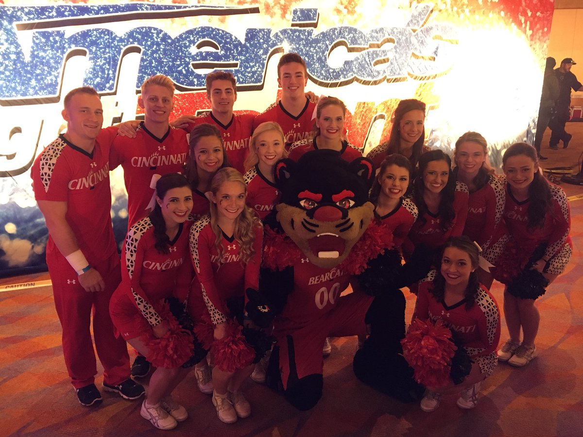 T On Twitter Watch Cincinnati Cheer And The Bearcat Tonight