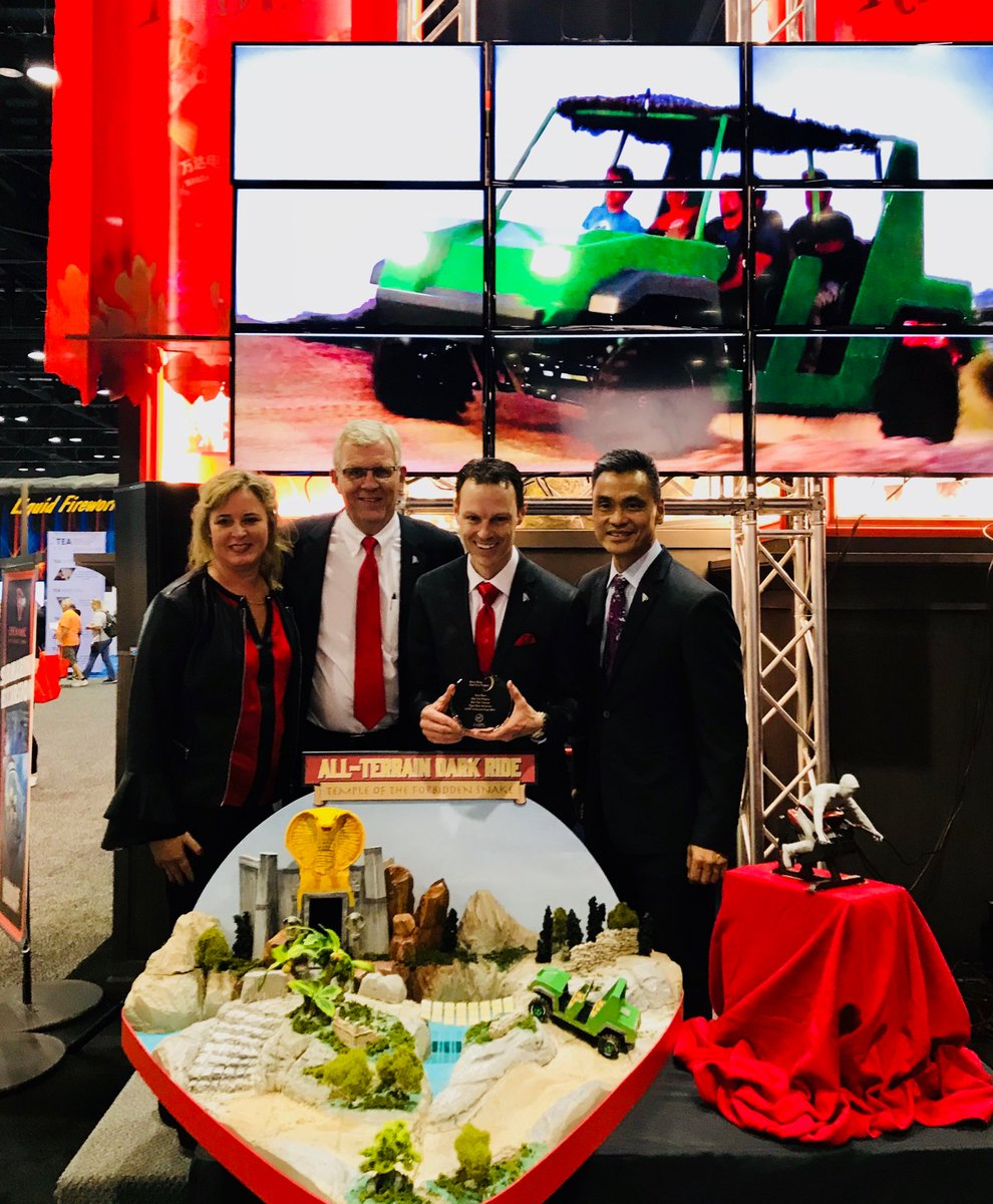 Breaking News: Empire's Dynamic Attractions new All-Terrain Dark Ride wins 'The Best New Product Concept' at #IAAPA.  @DynAttractions #IAE17 <br>http://pic.twitter.com/8qefpQyVy4