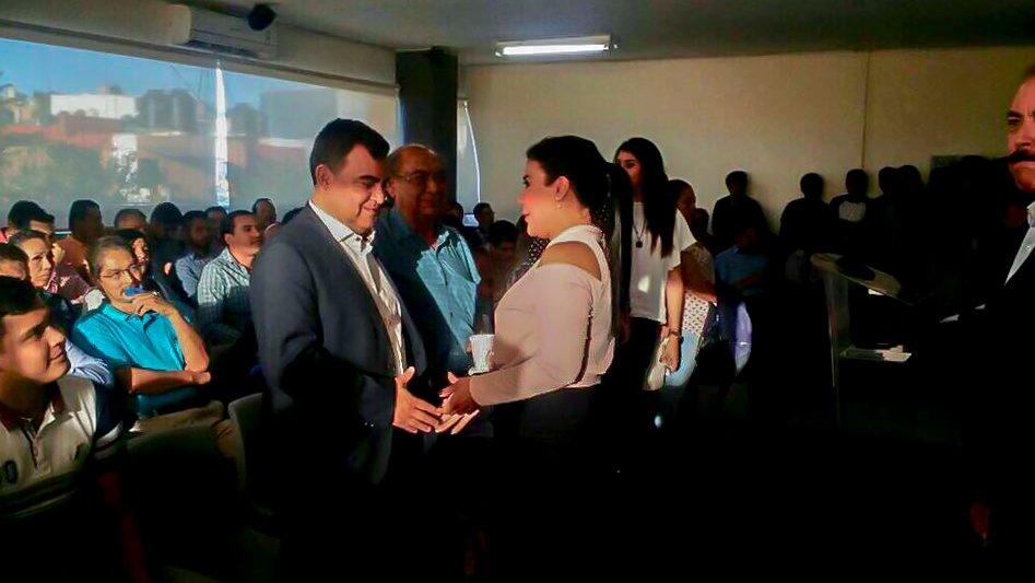 """La tarde de ayer acudí a la capacitación en materia electoral llamada """"Nuevo modelo electoral de Michoacán; una mirada desde la Reforma Electoral 2014 y los criterios jurisdiccionales"""" https://t.co/w9J7HNw2LX"""