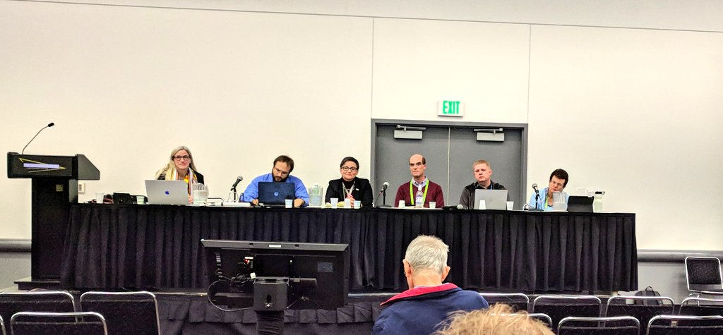 #SC17 #reproducibility and uncertainty in HPC panel with @victoriastodden, @int_matt, @MichelaTaufer, @brucechilders, Andreas Schreiber and @MiriamLeeser. Very important questions posed by the audience<br>http://pic.twitter.com/50MEVDEvcz &ndash; à Colorado Convention Center