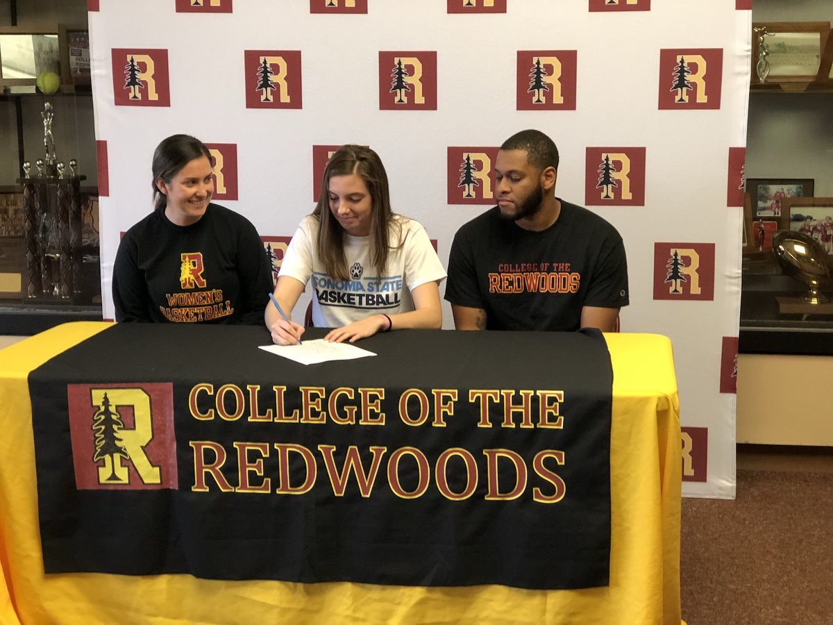 CR's Sophie Northern signed her letter of intent to play next season for Sonoma State women's basketball. #ccaa @SonomaSeawolves #cr <br>http://pic.twitter.com/gtnxJQHvXO