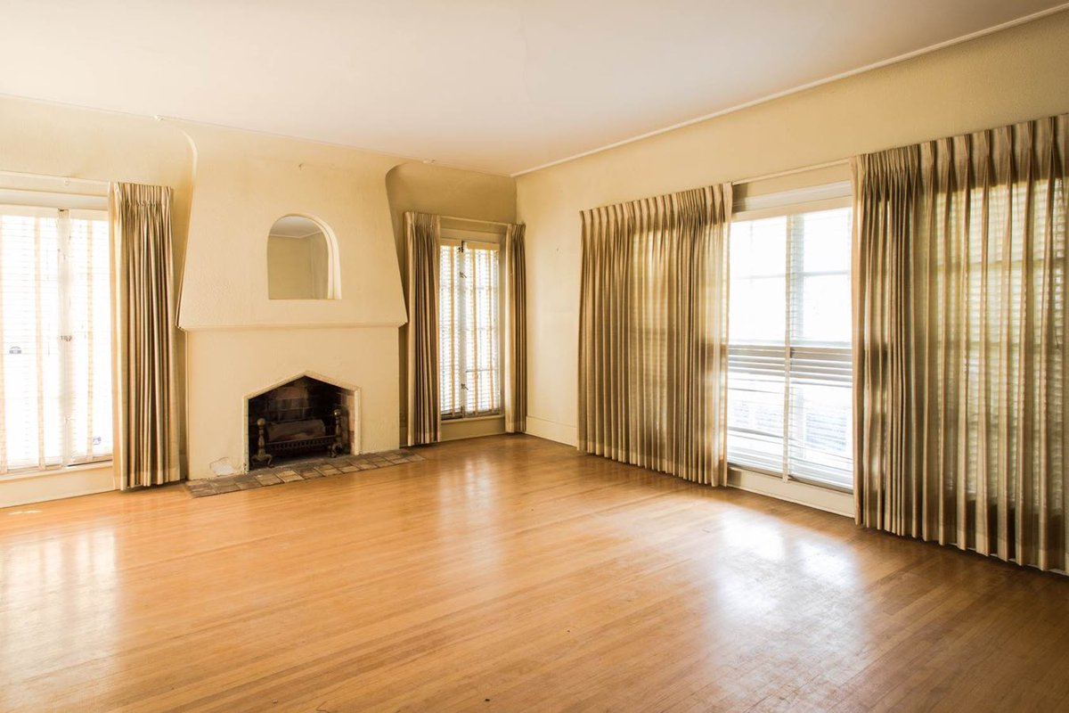 Drew and Linda's honeymoon home living room before picture #DrewsHoneymoonHouse