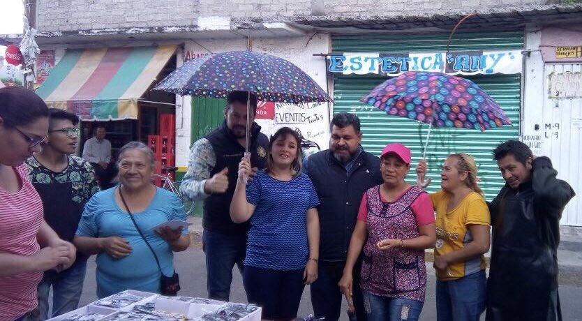 """Dip.@IBetanzosMTDF las #BrigadasVoluntariasIBC como siempre dando resultados a la ciudadanía, hoy desde el """"Glorioso"""" #PuebloDeSanLorenzoTezonco @eruviel_avila @cgt1968 @TonatiuhGCase #IztapalapaUnidaYAtendida"""