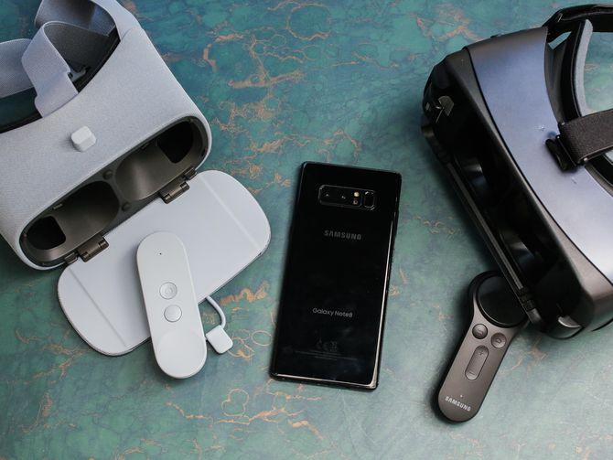 RT @CNET: Samsung Black Friday deals highlight TVs, laptops and phones https://t.co/C5fv0e16zd https://t.co/ZnYVODzy05