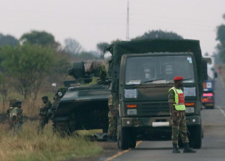 RT @Reuters: Zimbabwe military's statement after seizing power https://t.co/Hu8FaOsaXb https://t.co/vojG9e1EeG