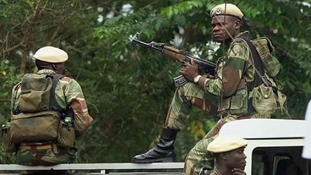 Πραξικόπημα στη Ζιμπάμπουε – Τανκς στους δρόμους, υπό κράτηση ο ΥΠΟΙΚ