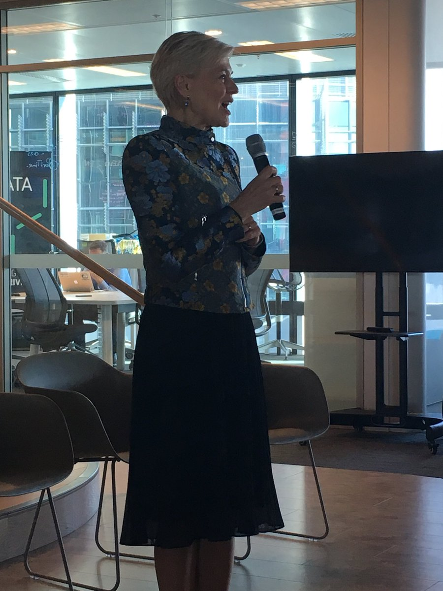 At #ASR post AGM event with ceo of #austrade stephanie fahey talking about the role of importance of services in Australian economy<br>http://pic.twitter.com/ViZcWIBFsI