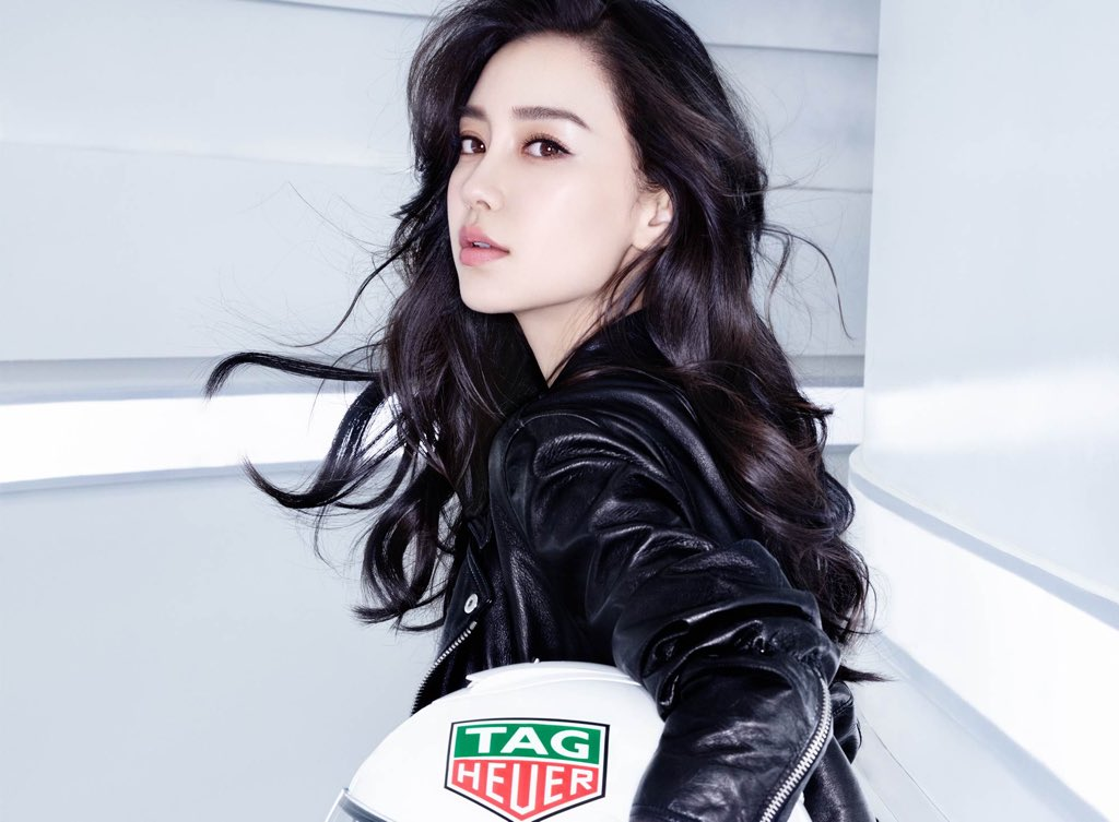 Angelababy 杨颖 (#Angelababy #杨颖) https://t.co/LV3mYwuseH