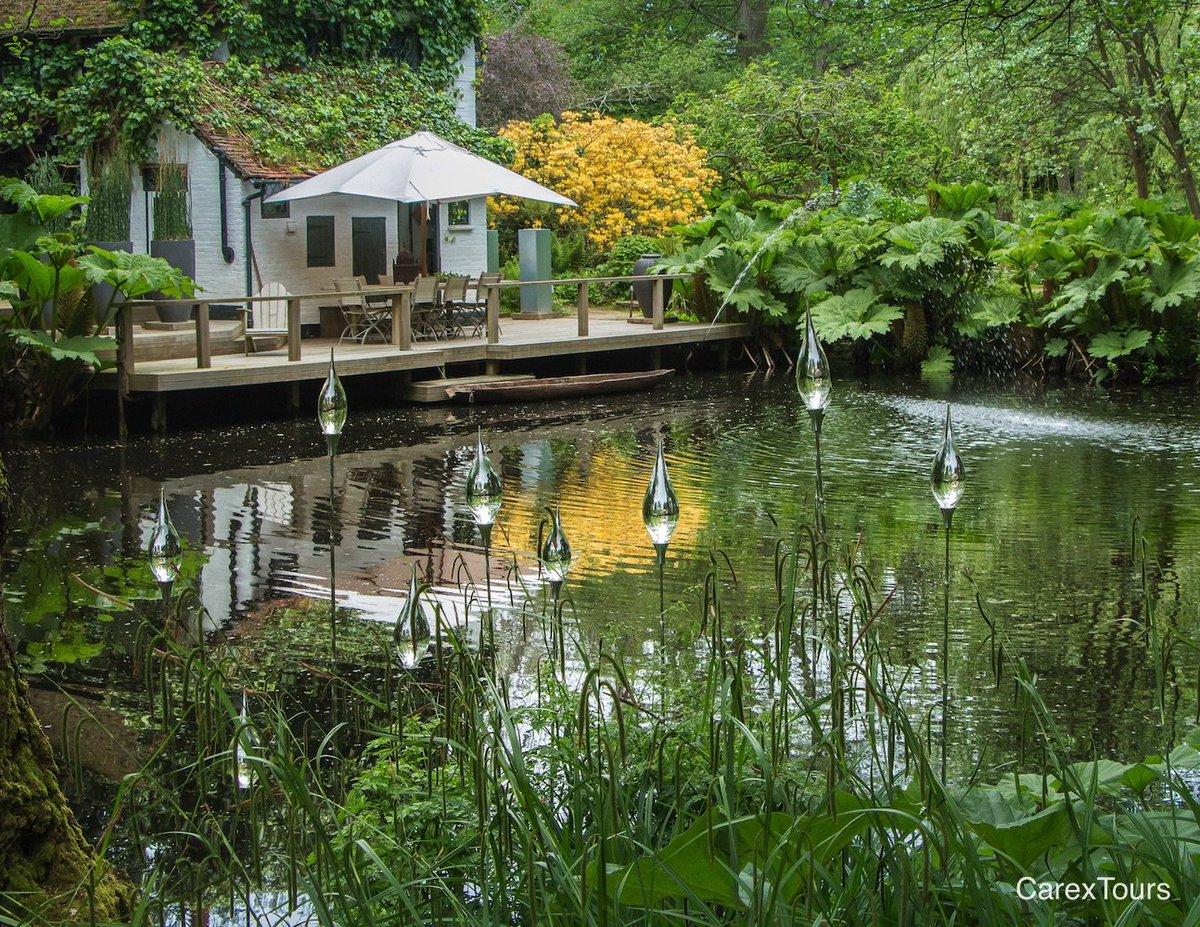 pond hannahpescharsculpturegarden garden gardendesign gardentours traveltuesday carextours httpwwwcarexdesigncomtours pictwittercom