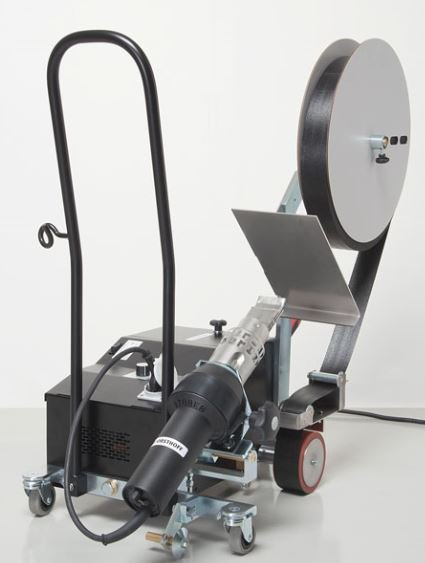 The FORSTHOFF-DB automatic welding machine for the welding of 50 mm webbing &amp; anti-vandal tape o to PVC Tarpaulins #Forsthoff #Plasticwelding #PVC #Tarpaulin #Roadhaulage #Sidecurtain<br>http://pic.twitter.com/KbK2gb84GI