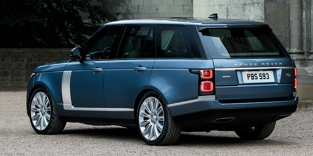2017 Range Rover Configurations >> Land Rover Sa On Twitter The New Rangerover Reflects Its