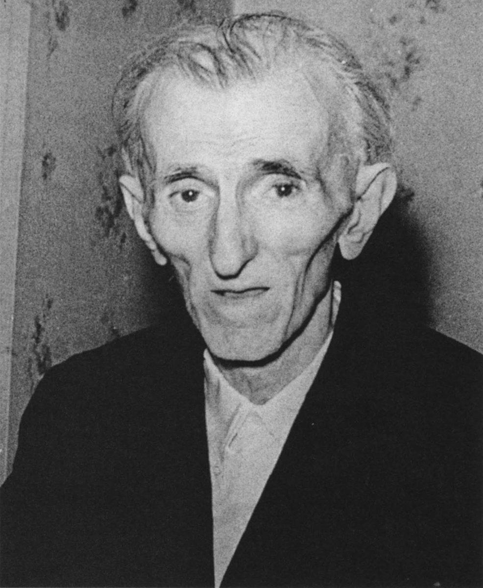 Nikola Tesla'nın son fotoğrafı, 1943 htt...
