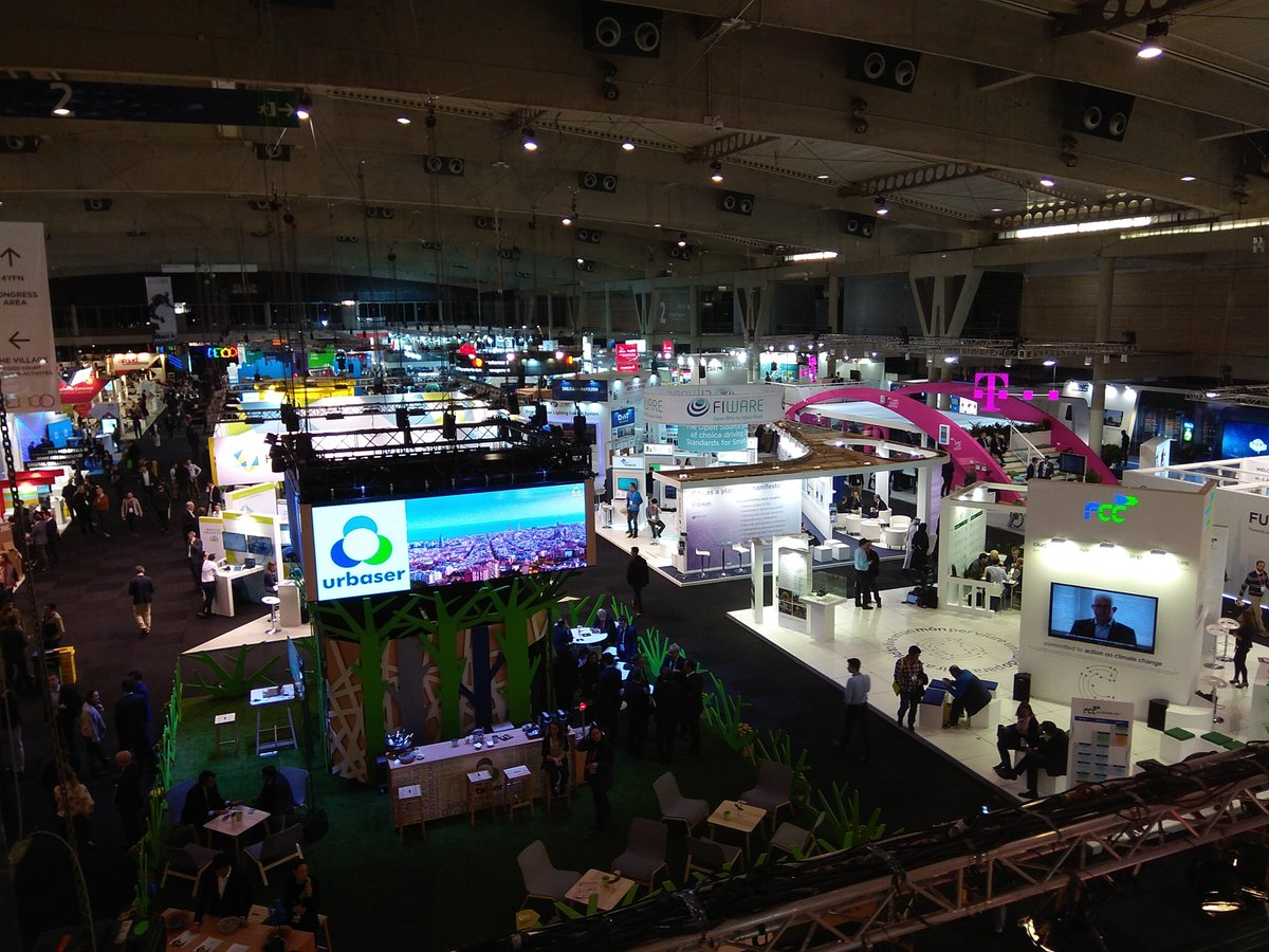 2nd day at @SmartCityexpo in the @FIWARE booth with @HOPUbiquitous  Also interesting talk (#Age- &amp; Child-Friendly #Cities &amp; #Communities) about the importance to create #health #services &amp; #solutions considering the #age of the #users to engage them &amp; covering their real needs<br>http://pic.twitter.com/fKLSq4fsBV
