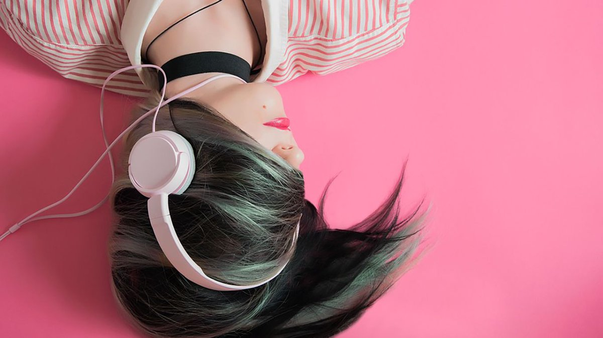 Аудиокниги слушать онлайн землянин