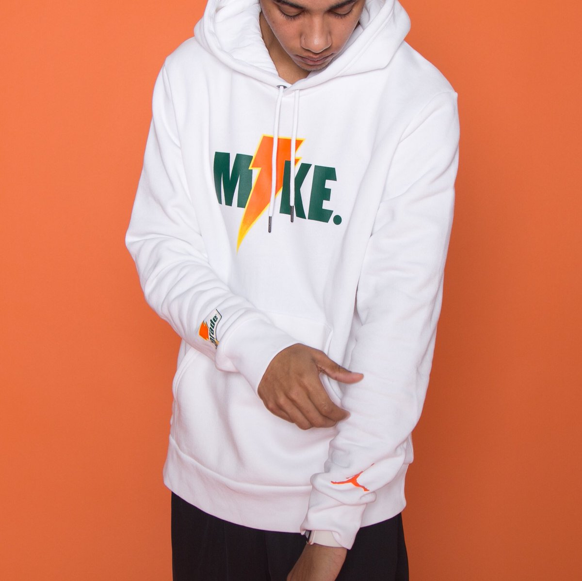 09ccea5e534cdd a classic partnership revisited jordan x gatorade the new be like mike  collection is available now