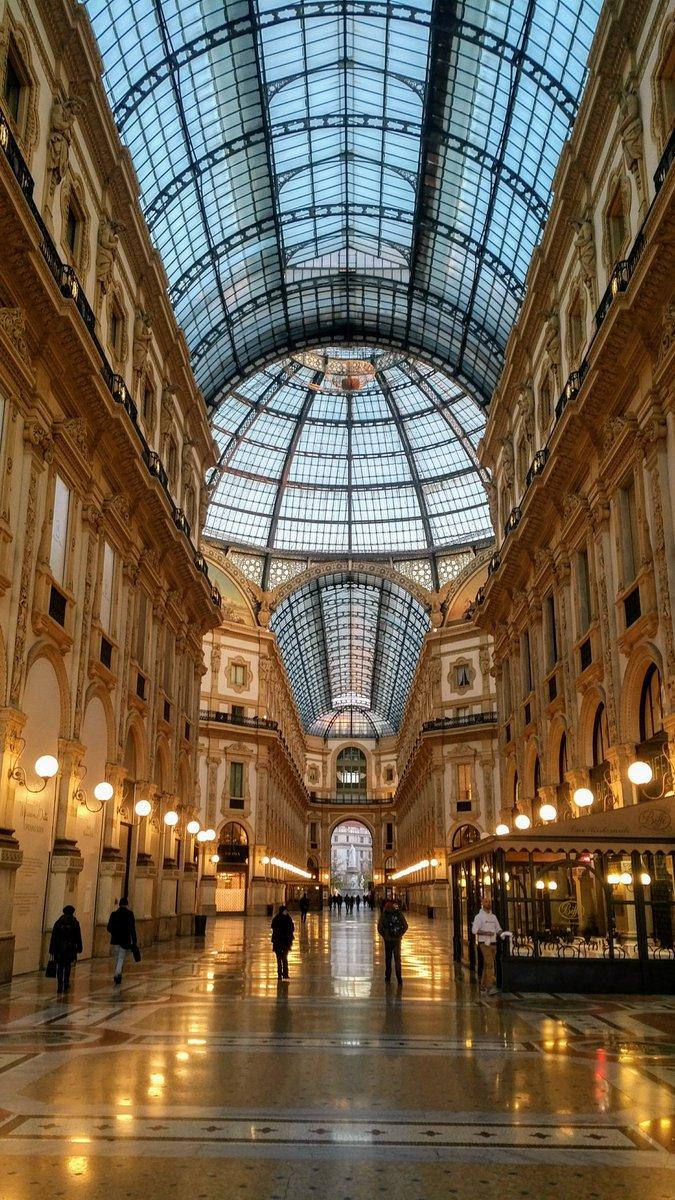 The Galleria, Milan via @avenue1975 #travel #Italy #beautyfromitaly  http://www. beautyfromitaly.it  &nbsp;  <br>http://pic.twitter.com/ht98B76fMe