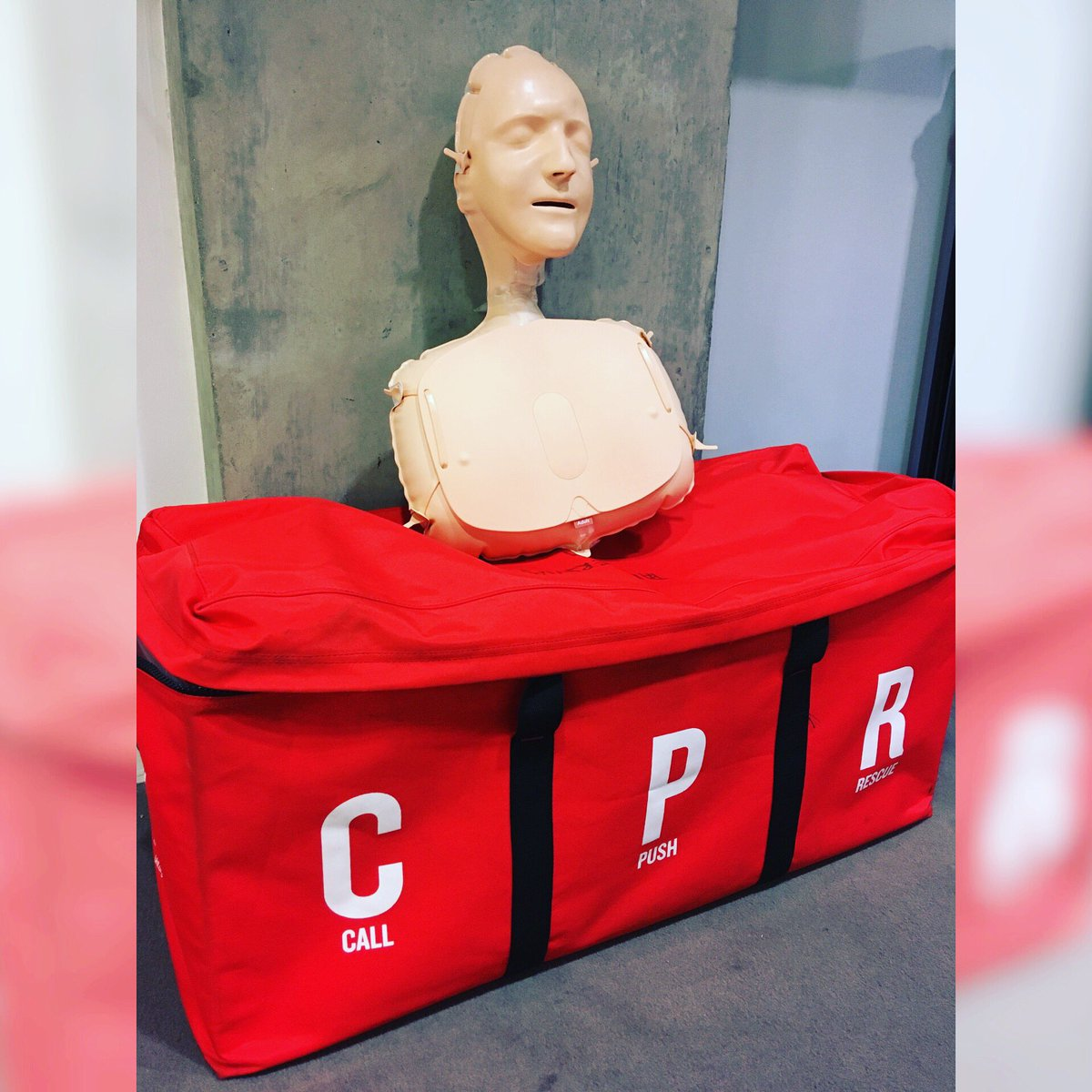 @TheBHF Annie's ready for another day of lifesaving lessons @Unite_Student #stpancreas #lifesaver #lifeskills #london #cpr #cprtraining #heart #cardio #health #cardiacarrest #newskills<br>http://pic.twitter.com/WFBCTxNDz1