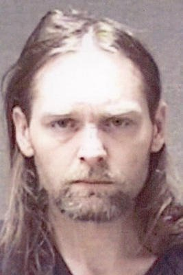 Rural #Gaston  man accused of pointing gun at parole officer; also faces drug-dealing  charges. On Monday night, his brother was also arrested after #DelawareCounty deputies raided his home.  http:// tspne.ws/2AKNxb1  &nbsp;  <br>http://pic.twitter.com/avV9D0XtN9