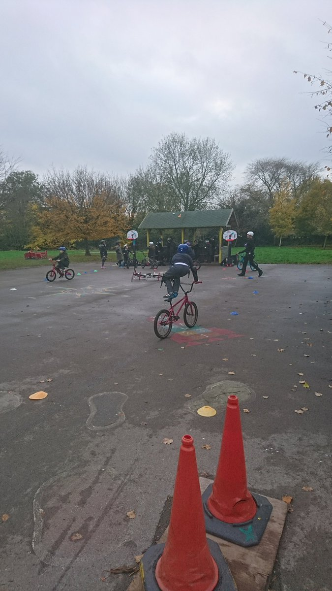 @MikeBMXAcademy Some impressive skills learnt!