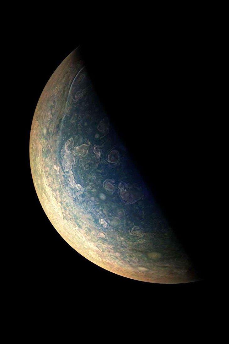 La sonde #Juno nous offre de nouveaux clichés époustouflants de Jupiter https://t.co/LWlHFosuGx via @dai