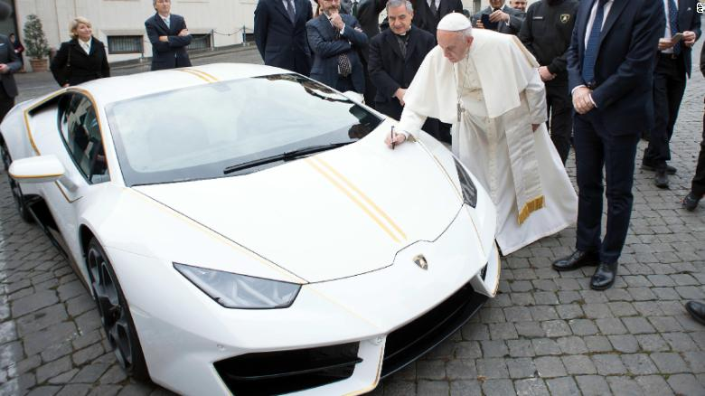 Pope Francis just got this snazzy new Lamborghini (the Vatican plans to auction it off for charity) https://t.co/T2DprCWZlp