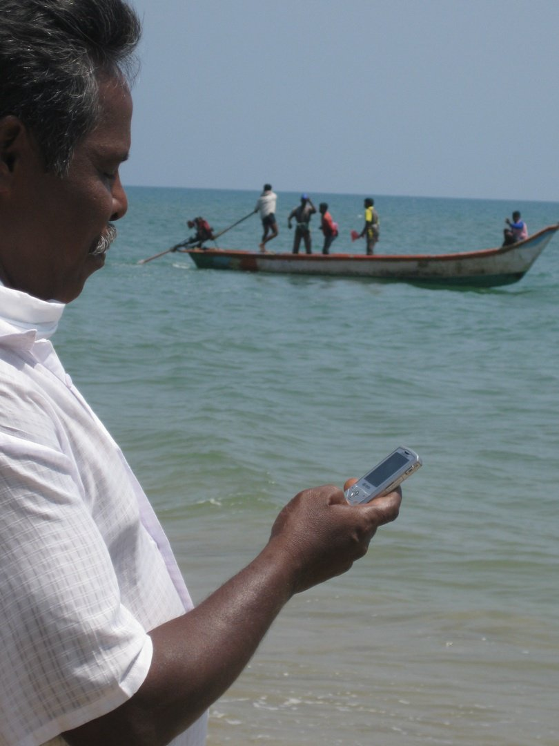 We worked w/ the Indian gov&#39;t to develop our #FisherFriend program, making fishing safer in India:  http:// bit.ly/1tHiUO1  &nbsp;    #10YearsOfImpact<br>http://pic.twitter.com/tzBslKLH4t