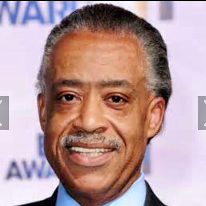 Exactly when did the US Government stop putting people in Federal Prison who owe $Millions in back taxes ?   @TheRevAl  @Alyssa_Milano   #WednesdayWisdom <br>http://pic.twitter.com/o46YYW1z8p