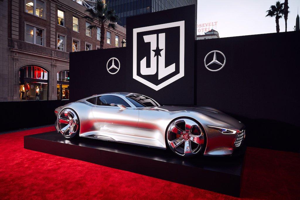 Mercedes benz mercedesbenz twitter for Justice league mercedes benz