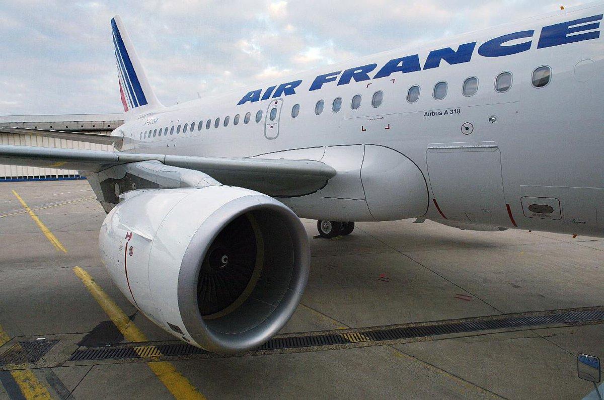 Air France reprendra ses vols directs vers Saint-Martin début 2018 https://t.co/6PuC3inFi4