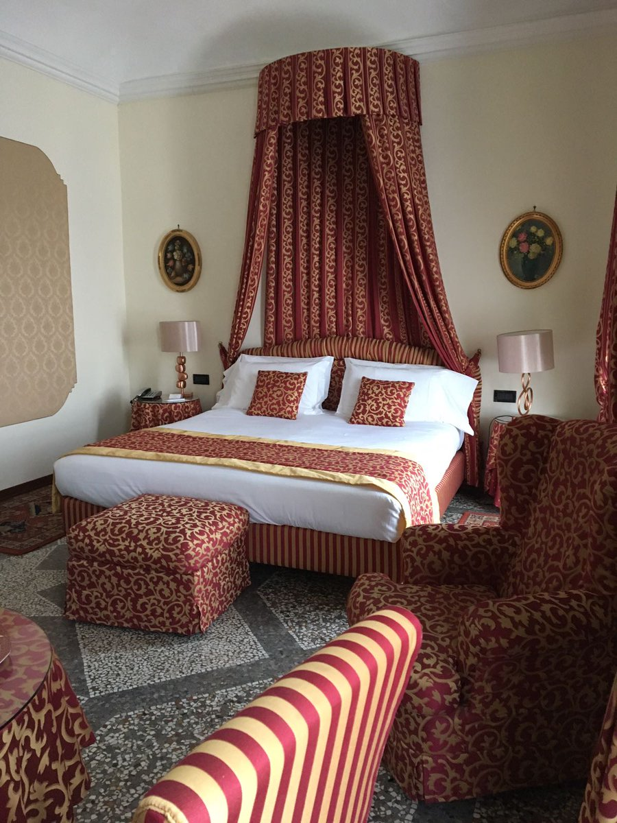 Q2 #foodtravelchat grand hotel pupp in the czech rep but in #Turin @HotelGenio has fresco ceilings and mosaics from the 19th cent<br>http://pic.twitter.com/qdMoYbeVq7