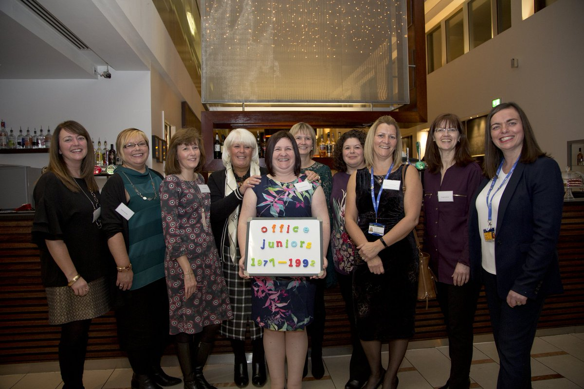Over 200 long serving staff were thanked today at a very special afternoon tea #dundeeuni <br>http://pic.twitter.com/vsGvLQLizF