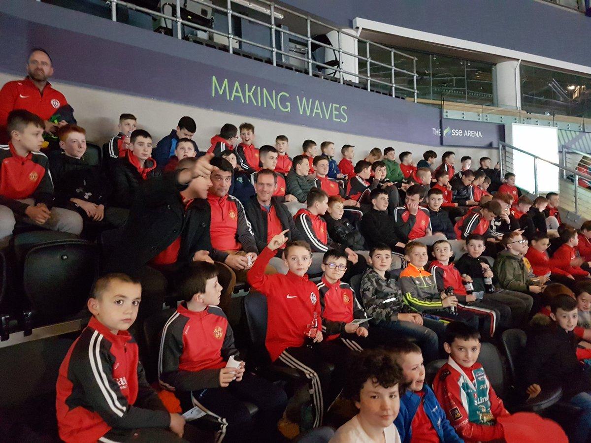 100 2017 u10s, u12s &amp; u14s at tonight&#39;s @BelfastGiants game. Well done on a fantastic year - enjoy the break. Thanks to @fonacabbelfast as always #NPA <br>http://pic.twitter.com/mkbawUiFfR