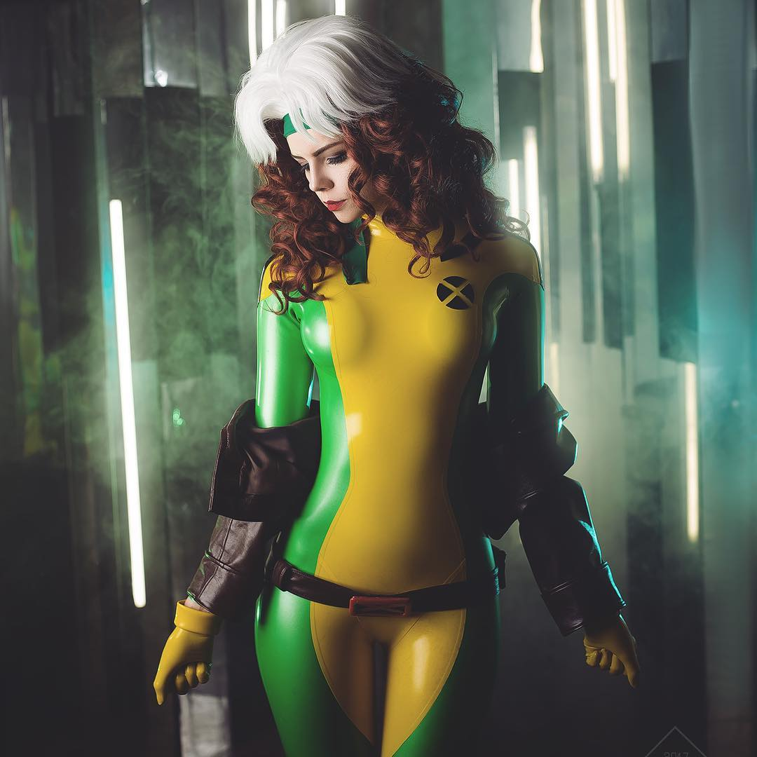 Marvel Comics: (X-Men) Rogue Cosplay By Frosel #Xmen #cosplay <br>http://pic.twitter.com/mQ7ZcDiJ66