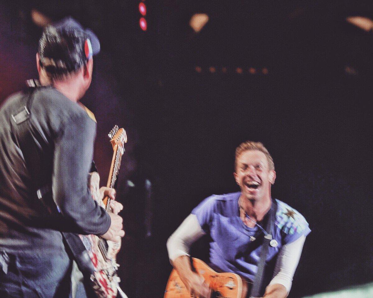 God Put A Smile R42 #ColdplayBuenosAires https://t.co/l9083jTJHz