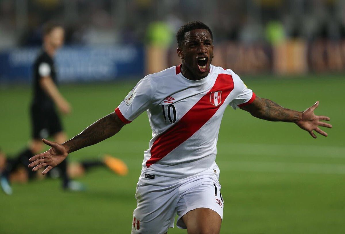 RT @lucianorios92: ¡Que emoción! Que viva Perú, que viva sudamerica. Que viva el ⚽️🇵🇪 https://t.co/s7O9oaKujq
