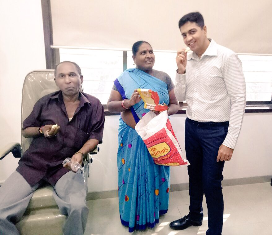 Happy patient #gratitude #cataract  @isighteyecare  @nikhilnasta<br>http://pic.twitter.com/U5qpolxr3h