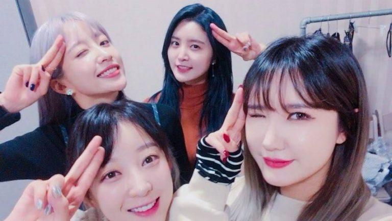 "#EXID To Appear On ""SNL Korea 9"" As Final Hosts Of Season, #JayPark To Cameo  https://www. soompi.com/2017/11/15/exi d-appear-snl-korea-9-final-hosts-season-jay-park-cameo/ &nbsp; … <br>http://pic.twitter.com/QBa251um0R"
