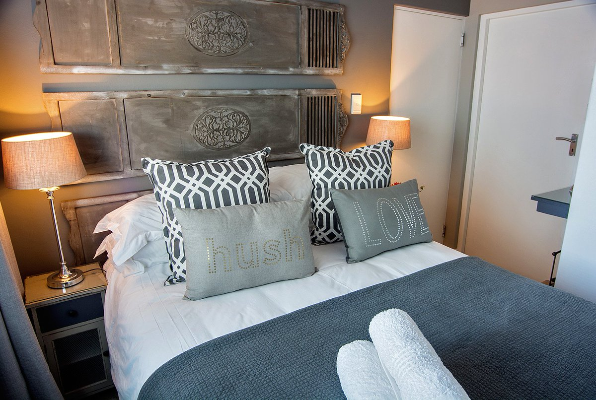 Two Bedroom Apartment 80 Church Street, Central Historic Stellenbosch  Contact Us @ Http://www.avemore.co.za Pic.twitter.com/8xE59fQnZd