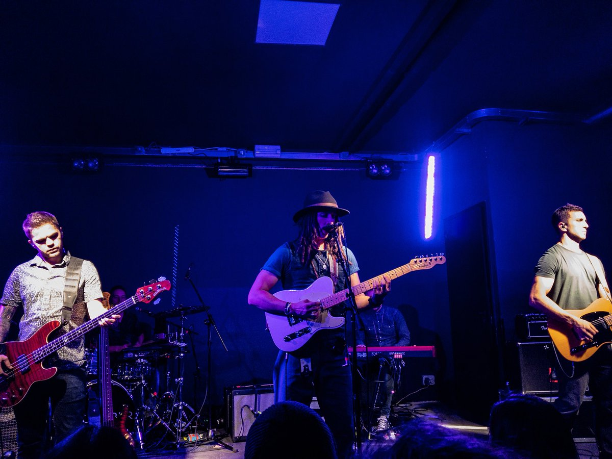 An amazing night with @JPCooperMusic and his band at @DudeClubMilano  thanks God for this incredible voice #Goodmusic #vibes #jpcooper #greatband<br>http://pic.twitter.com/hxyj2vOkEa