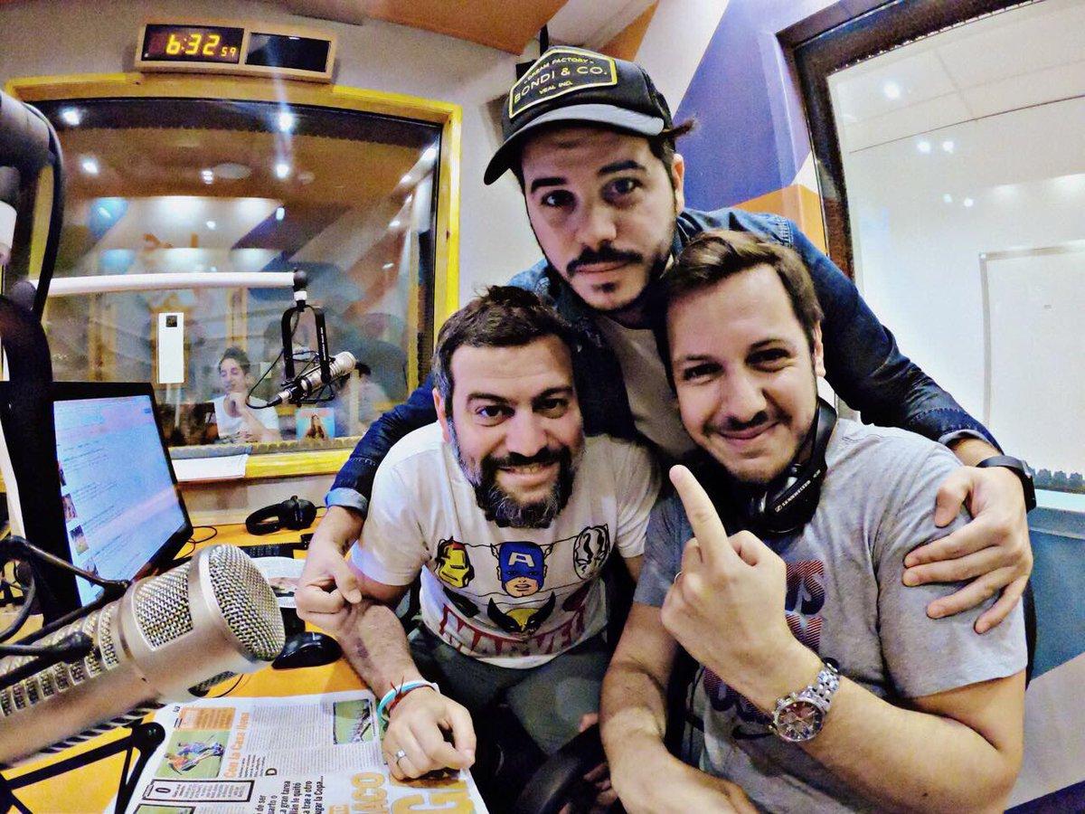 RT @Los40ar: Hasta las 9 @TodosArriba en vivo → sintonizá a @ngmagaldi @javifernandez @SantiRusso https://t.co/tByGG1KoVS