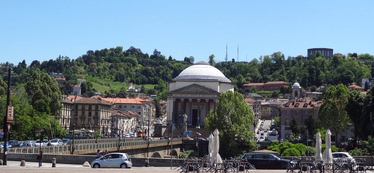 go on a stroll around #Turin with our friend #michaelhindley  http://www. turinepi.com/2017/11/stroll ing-around-turin.html &nbsp; …  #hills #museums #aperitif #market #coffeeshops #achitecture #italy<br>http://pic.twitter.com/4ZpqmpBQYo