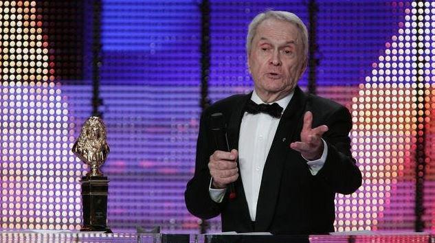 ⚫ Décès du comédienRobert Hirsch, un des derniers monstres sacrés du #théâtre français https://t.co/7HM9tiG9w5
