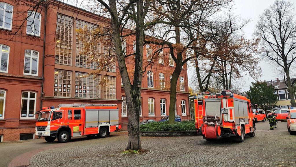 Thomas Knoop On Twitter Aktuell Hamburg Großeinsatz Der
