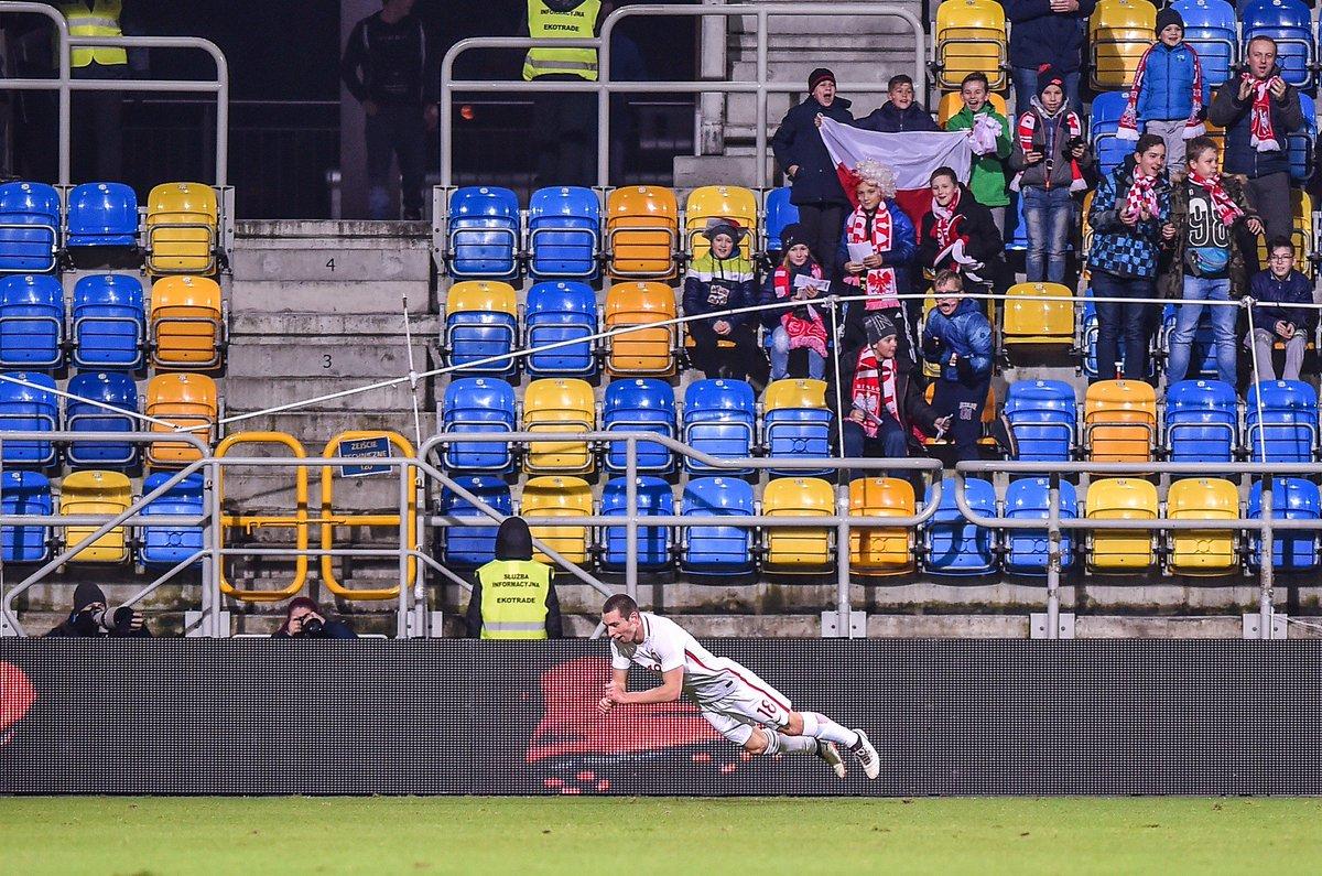 RT @LaczyNasPilka: 📷Umiecie tak? 😜  Paweł Tomczyk w eliminacjach #U21EURO: 🥅 5 meczów  ⏱149 minut   ⚽️3 gole https://t.co/ucHpGbhHFu
