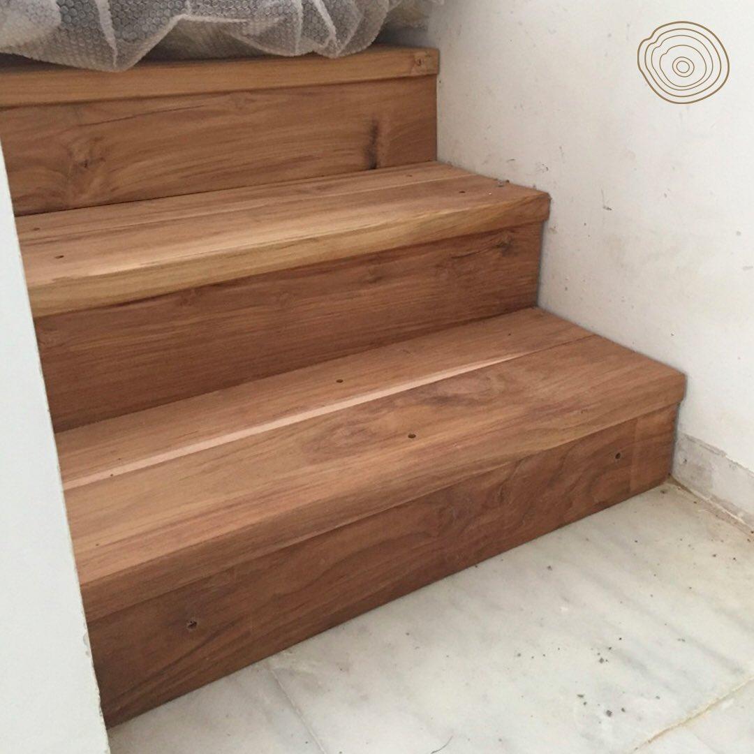 Forrar escalera de madera forrado de escaleras de escaleras en vivienda unifamiliar en madera - Como forrar una escalera de madera ...